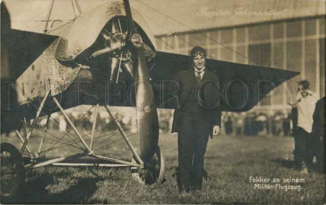 Naam: Johannisthal Air Field Anthony Fokker at his military airplane. Vraagprijs US$ 329,99.jpg Bekeken: 184 Grootte: 415,2 KB
