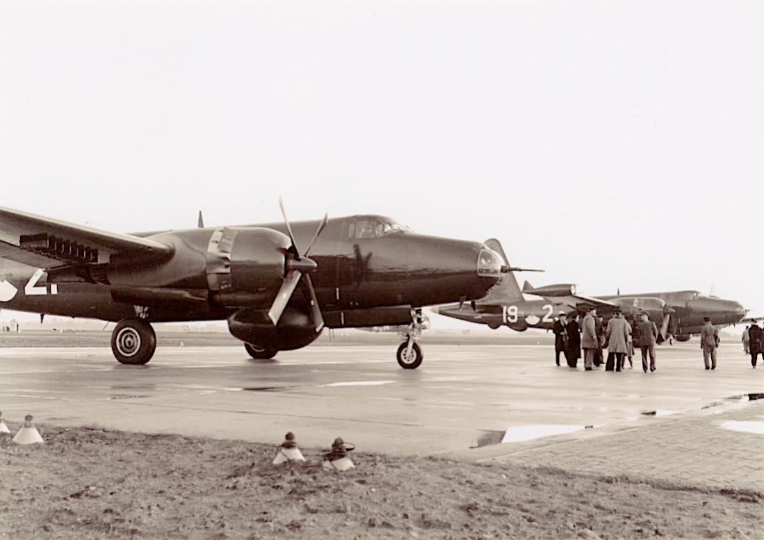 Naam: #360. Lockheed P2V-5 Neptune. 1100 breed.jpg Bekeken: 48 Grootte: 78,8 KB