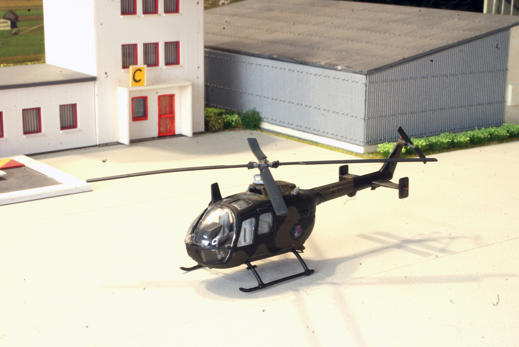 Naam: Bo-105 B37.JPG Bekeken: 283 Grootte: 425,5 KB