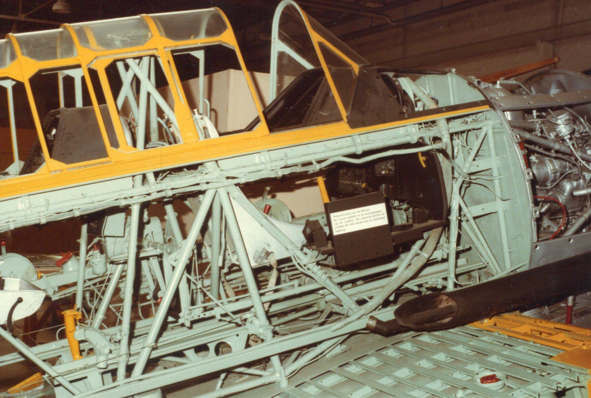 Naam: Soesterberg 8-1984 (3).jpg Bekeken: 250 Grootte: 455,1 KB