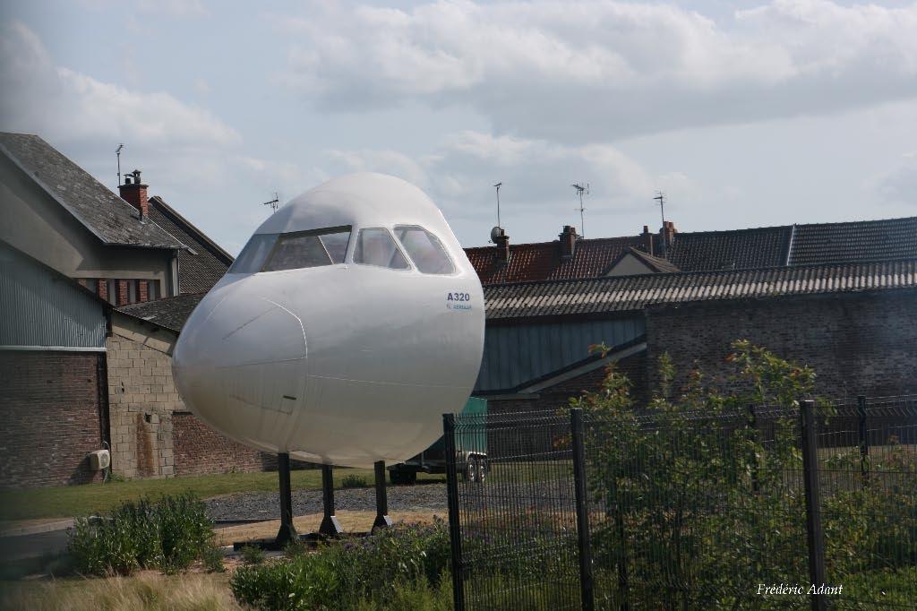 Naam: A 320 cockpit , station van Albert..jpg Bekeken: 241 Grootte: 89,8 KB