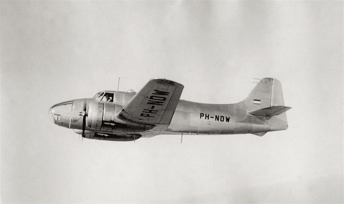 Naam: Foto PH-NDW. Fokker S.13 vliegend, 300 kopie.jpg Bekeken: 1013 Grootte: 58,8 KB