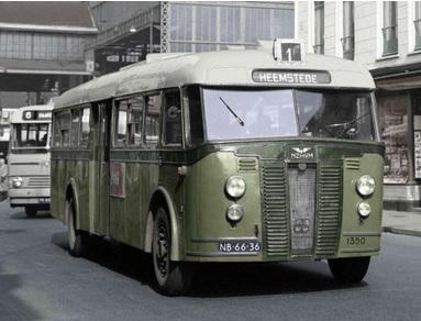 Naam: Crossley bus.jpg Bekeken: 223 Grootte: 44,4 KB