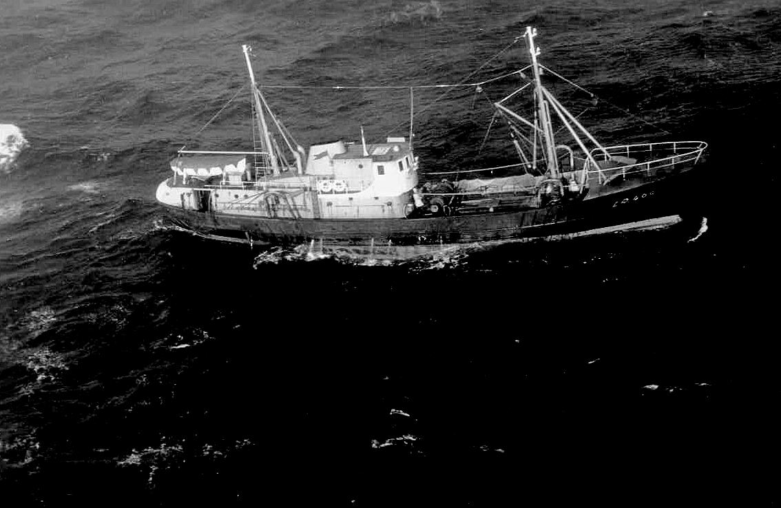 Naam: 2 limpet najaar '63 Russ.elint trawler.jpg Bekeken: 387 Grootte: 344,4 KB