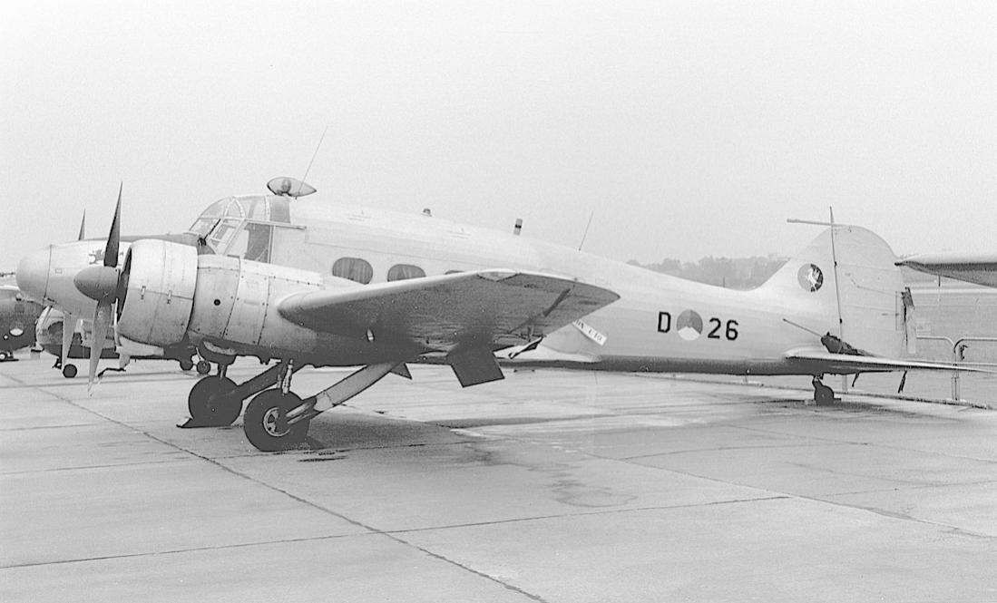 Naam: Foto 165. Avro 652A Anson C.19 srs. 2 met fake registratie 'D-26' (orig. ex VM352). Niet in Nede.jpg Bekeken: 153 Grootte: 74,8 KB