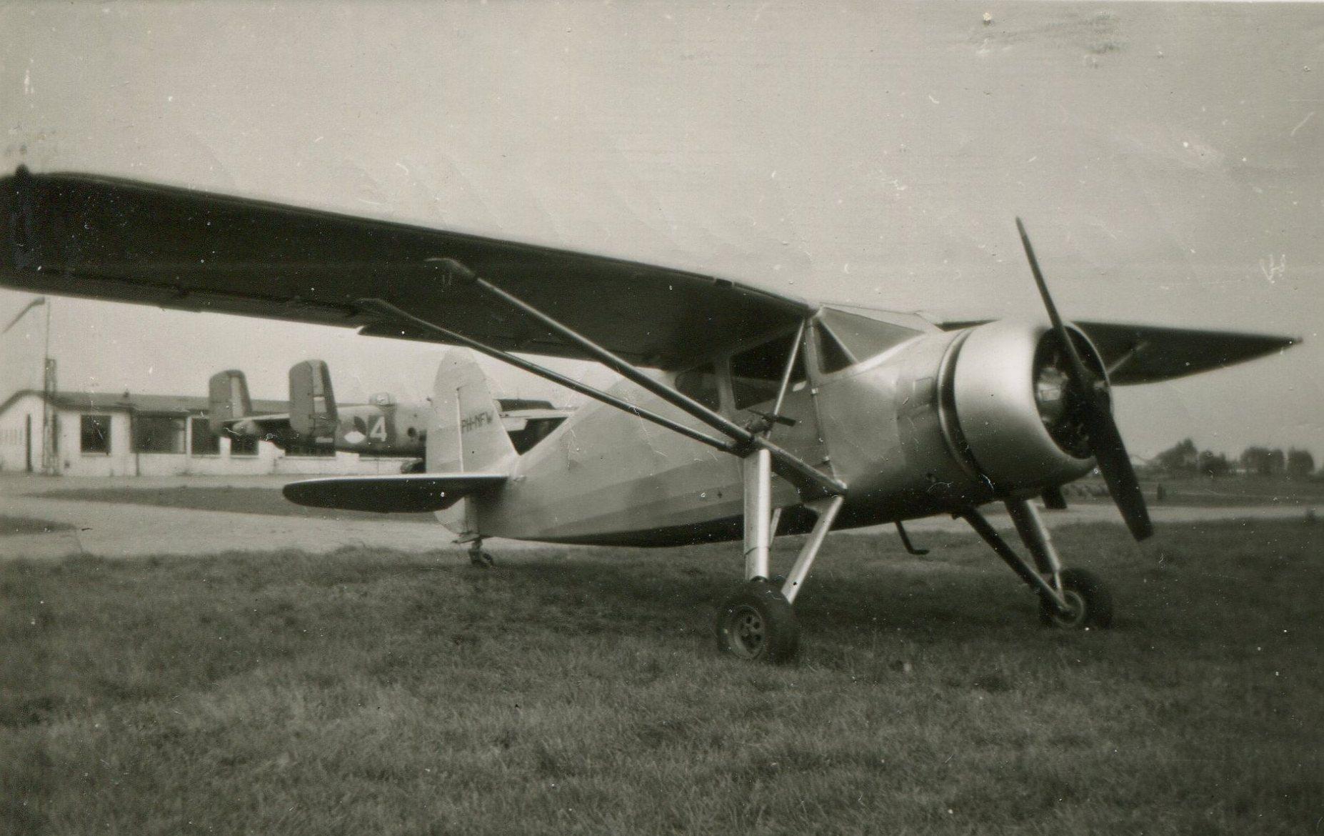 Naam: Fairchild UC-61 (24W-41) Argus 1 (met stermotor) 1953.jpg Bekeken: 526 Grootte: 292,9 KB