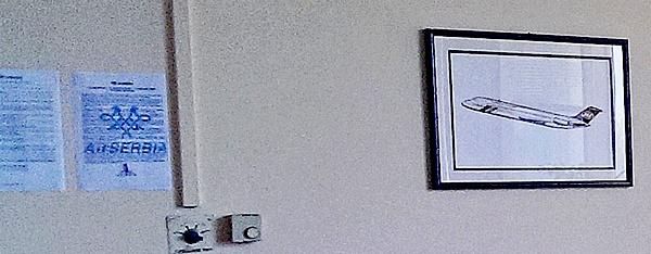Naam: Serbia instructions, Oude JAT DC 9.jpg Bekeken: 367 Grootte: 99,1 KB