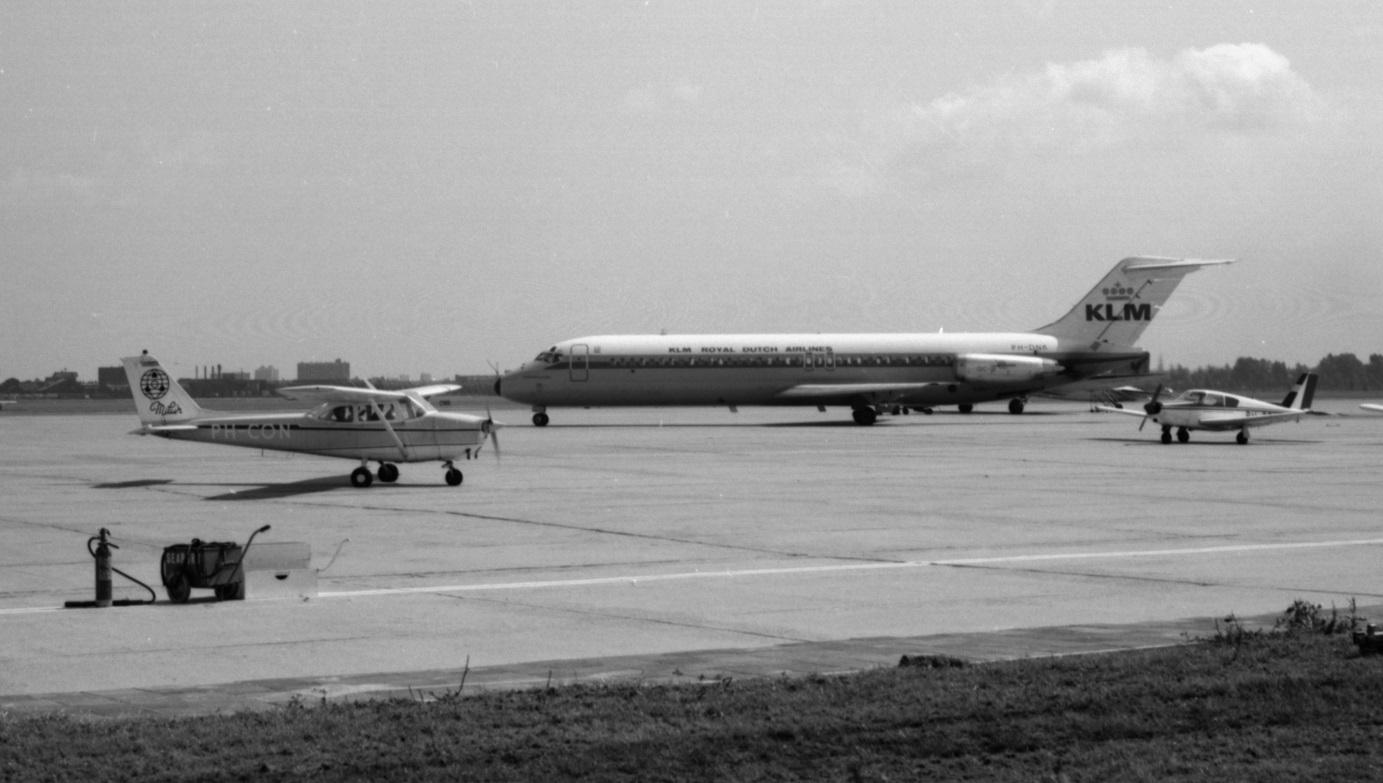 Naam: 30. PH-DNK Douglas DC-9, KLM.jpg Bekeken: 465 Grootte: 249,0 KB