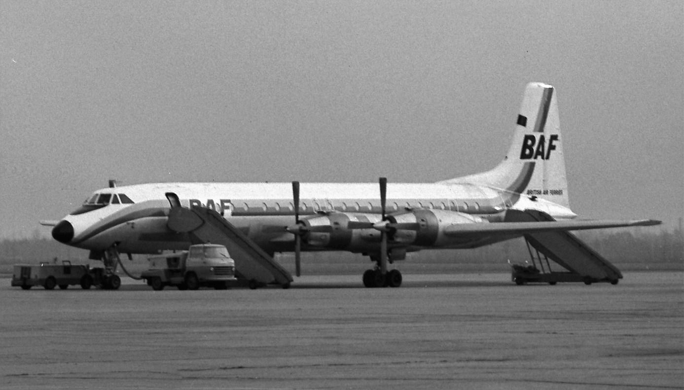 Naam: 33. Canadair CL44 Yukon BAF.jpg Bekeken: 497 Grootte: 197,4 KB