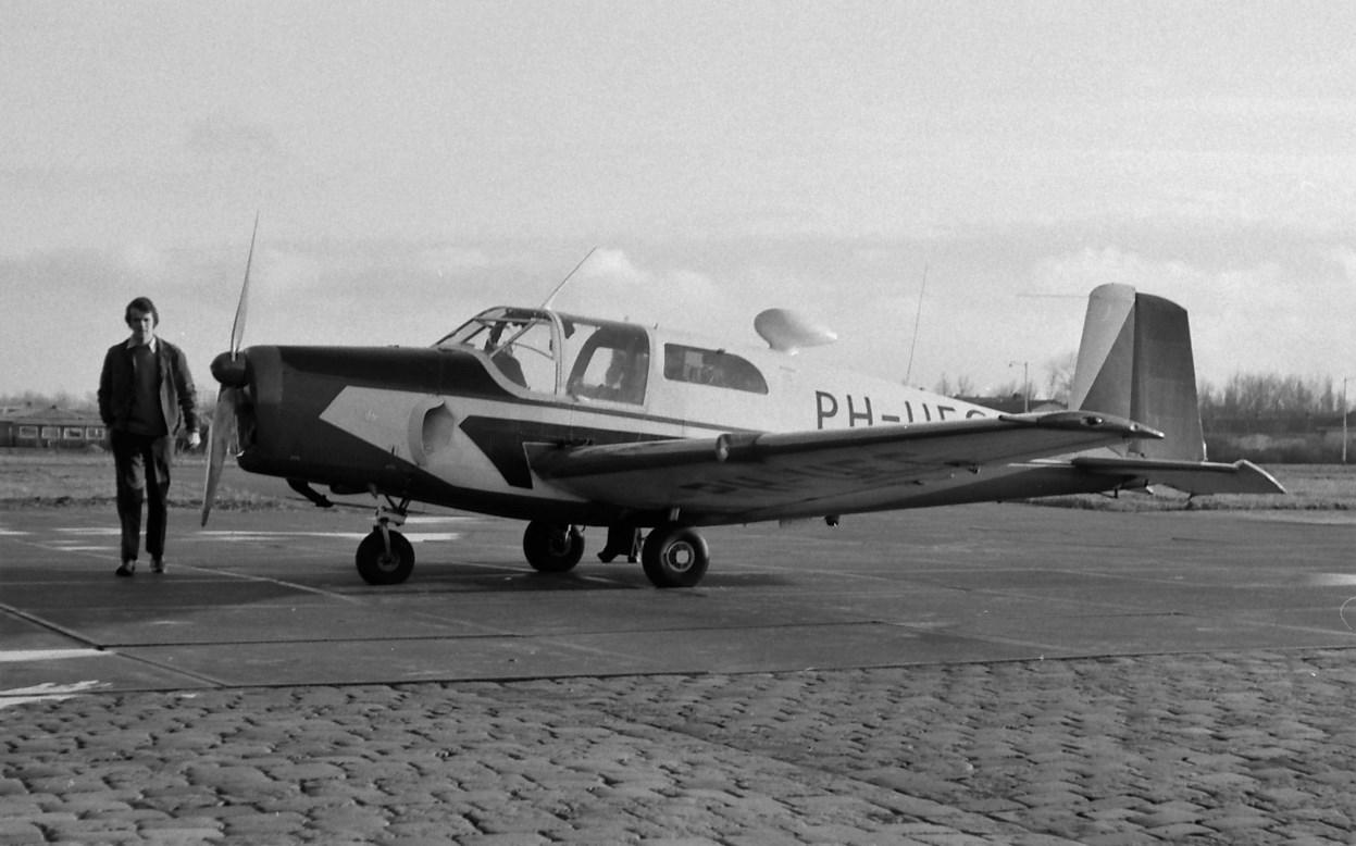 Naam: 92. PH-UEG Saab S-91A Safir.jpg Bekeken: 589 Grootte: 173,4 KB