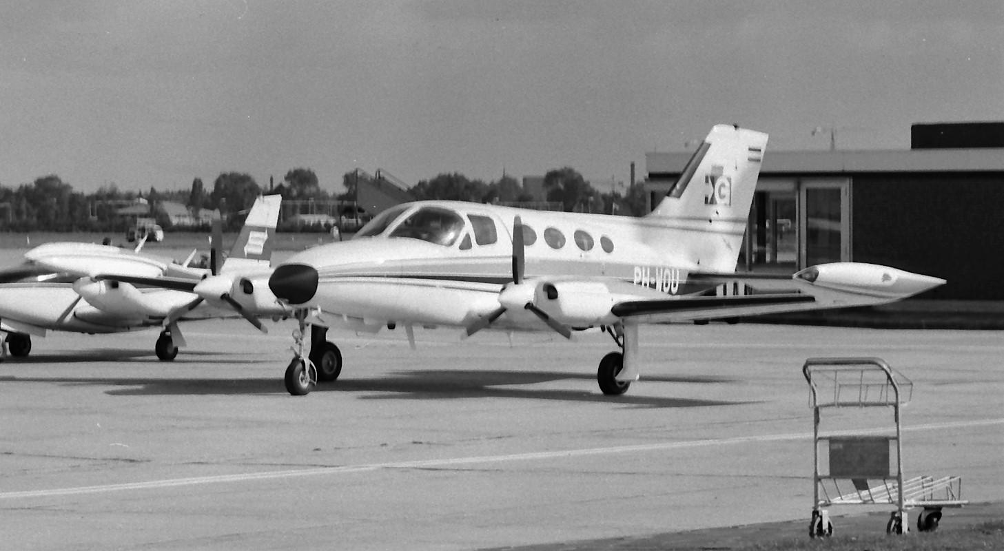 Naam: 95. PH-WOU Cessna 414 Chancellor.jpg Bekeken: 584 Grootte: 231,9 KB