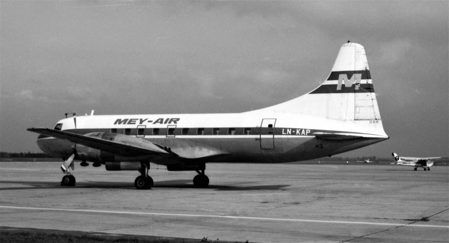 Naam: 98. LN-KAP Convair 240 Mey Air.jpg Bekeken: 544 Grootte: 171,2 KB