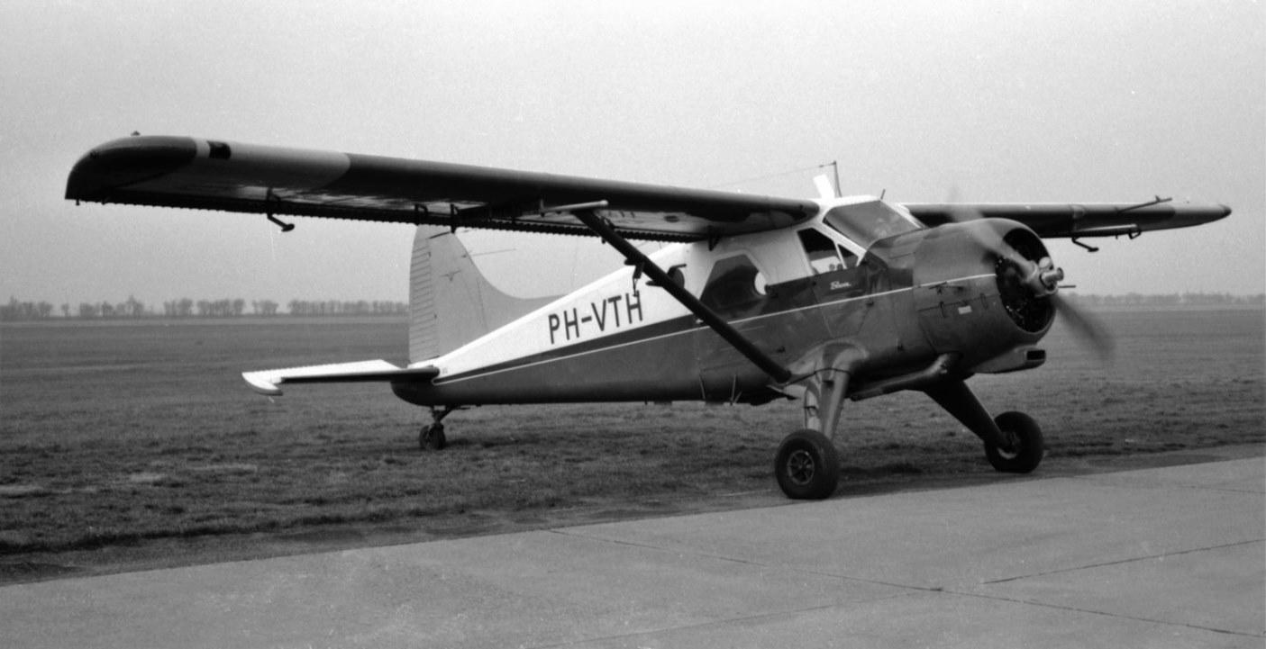 Naam: 100. DHC-2 Beaver TH-Delft (zonde dat deze ook weg is).jpg Bekeken: 550 Grootte: 146,8 KB