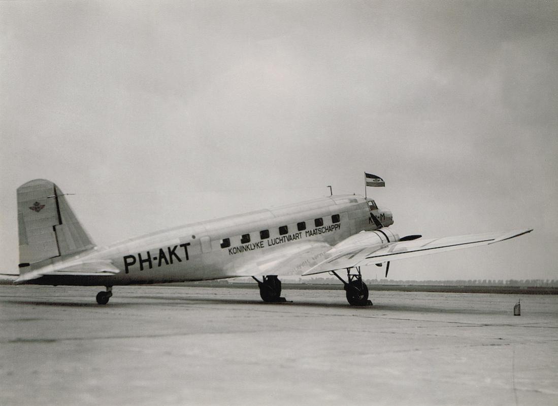 Naam: Foto 195. PH-AKT 'Toekan'. Douglas DC-2, kopie 1100.jpg Bekeken: 488 Grootte: 72,6 KB