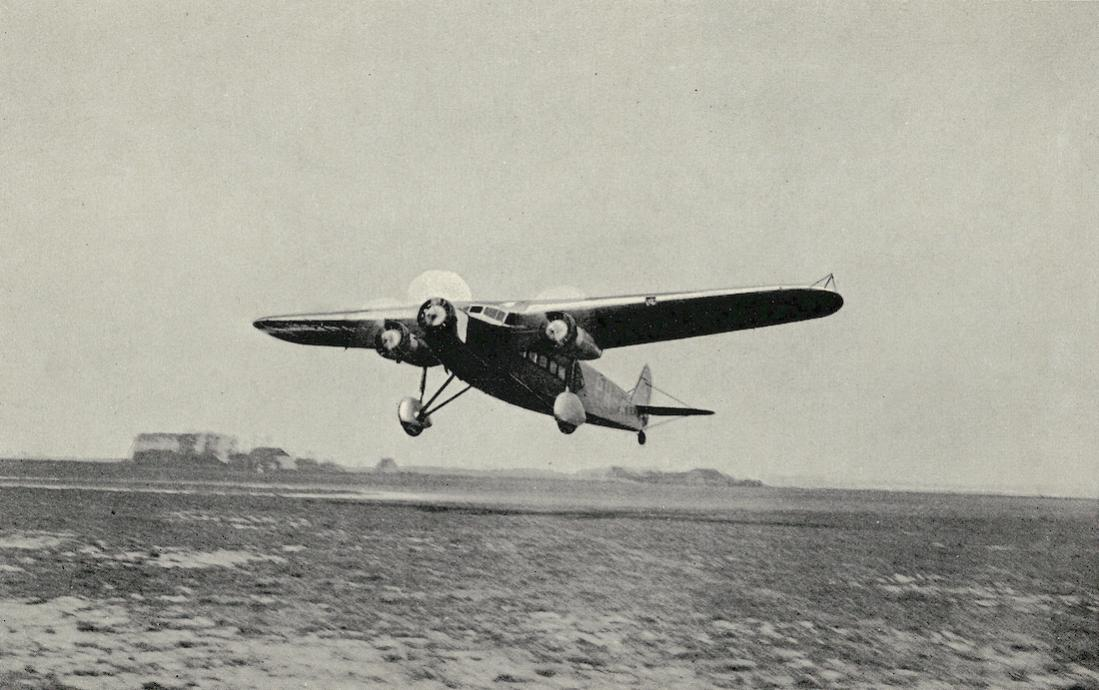 Naam: Kaart 825. Fokker XII - Diese Lotteriepostkarte wurde 1938 in der Tschechoslowakei ausgestellt. .jpg Bekeken: 141 Grootte: 99,8 KB