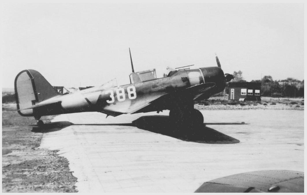 Naam: Douglas 8A-388a.jpg Bekeken: 69 Grootte: 182,1 KB