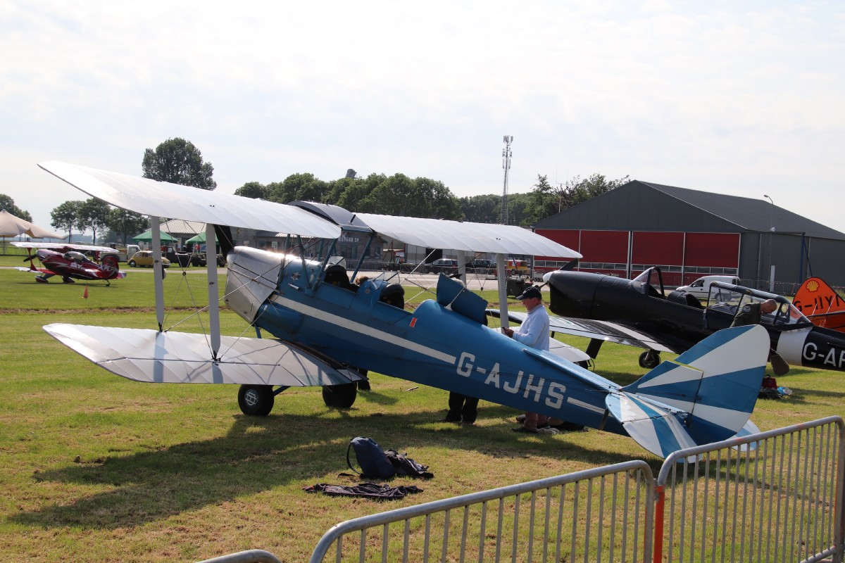 Naam: G-AJHS De Havilland DH.82A IMG_0062.jpg Bekeken: 293 Grootte: 245,0 KB