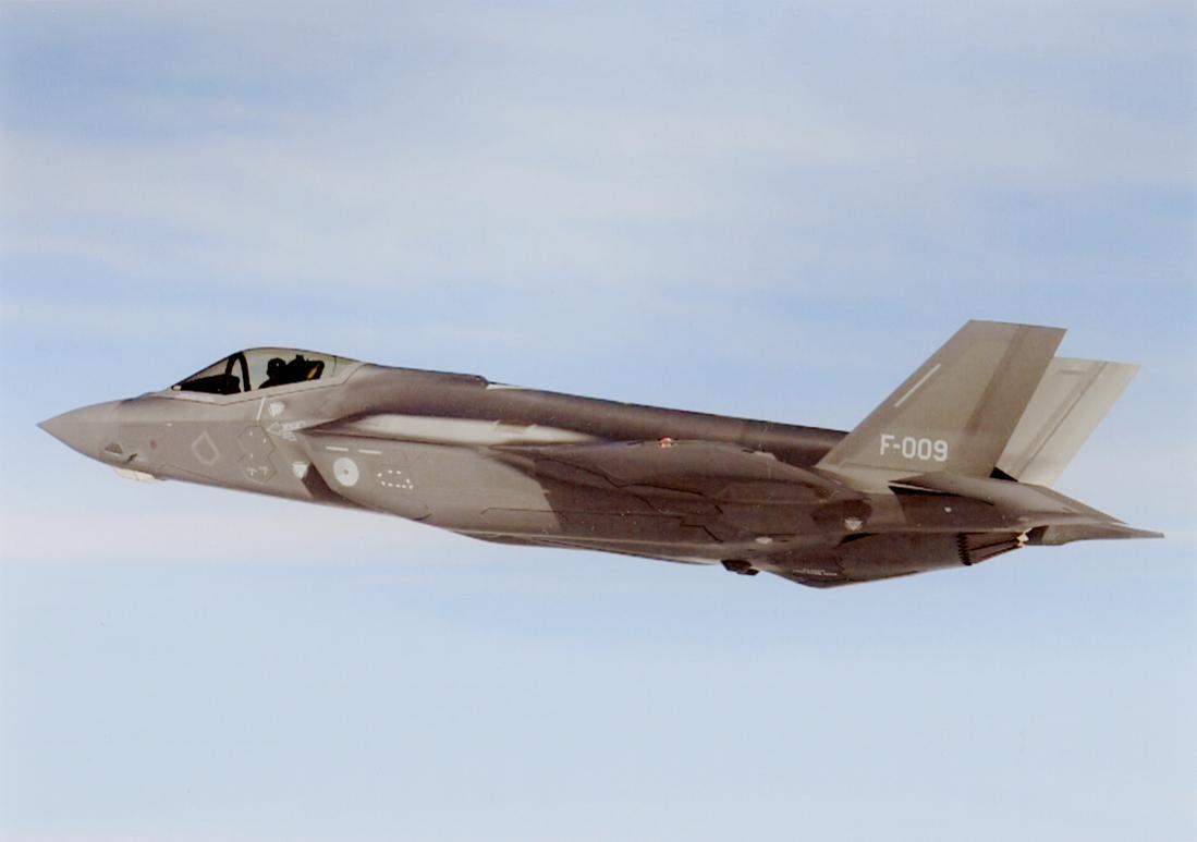 Naam: Foto 269. 'F-009'. Lockheed Martin F-35A Lightning II. 1100 breed.jpg Bekeken: 185 Grootte: 36,6 KB