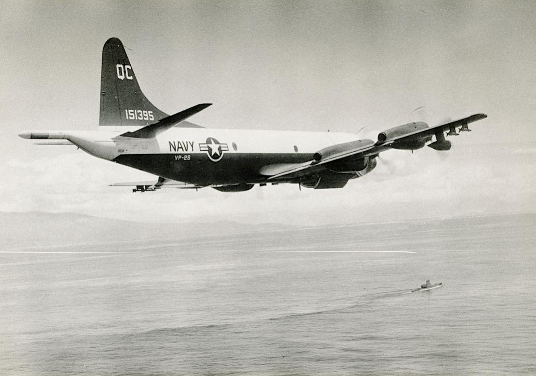 Naam: Foto 799. 151395. (MSN 185-5108). Lockheed P-3A-45-LO Orion. Modified for use by US Customs Serv.jpg Bekeken: 107 Grootte: 103,7 KB